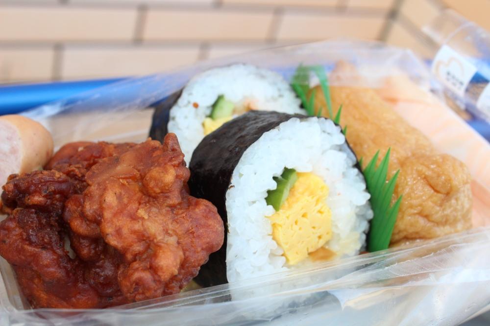 711 sampler- kariage, sushi, inarizushi