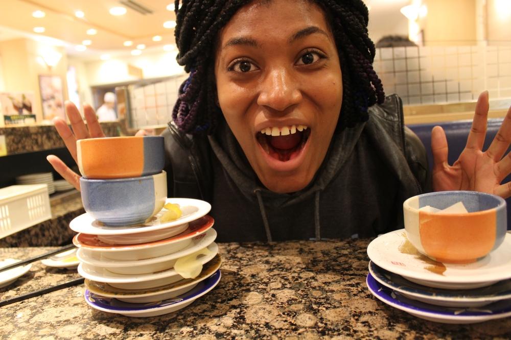 empty sushi go round plates
