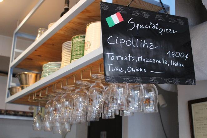 wine glasses napoli